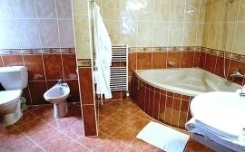 hotel_prosper_celadna_pokoj_prezident_koupelna_04