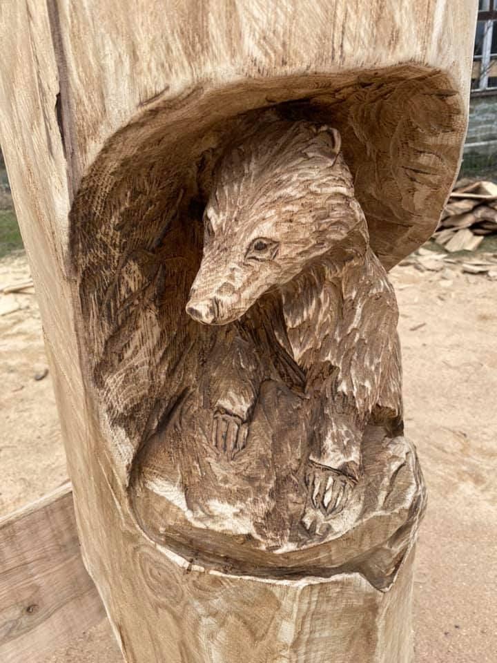 Roubenka Ondřejníček dřevěné lavice