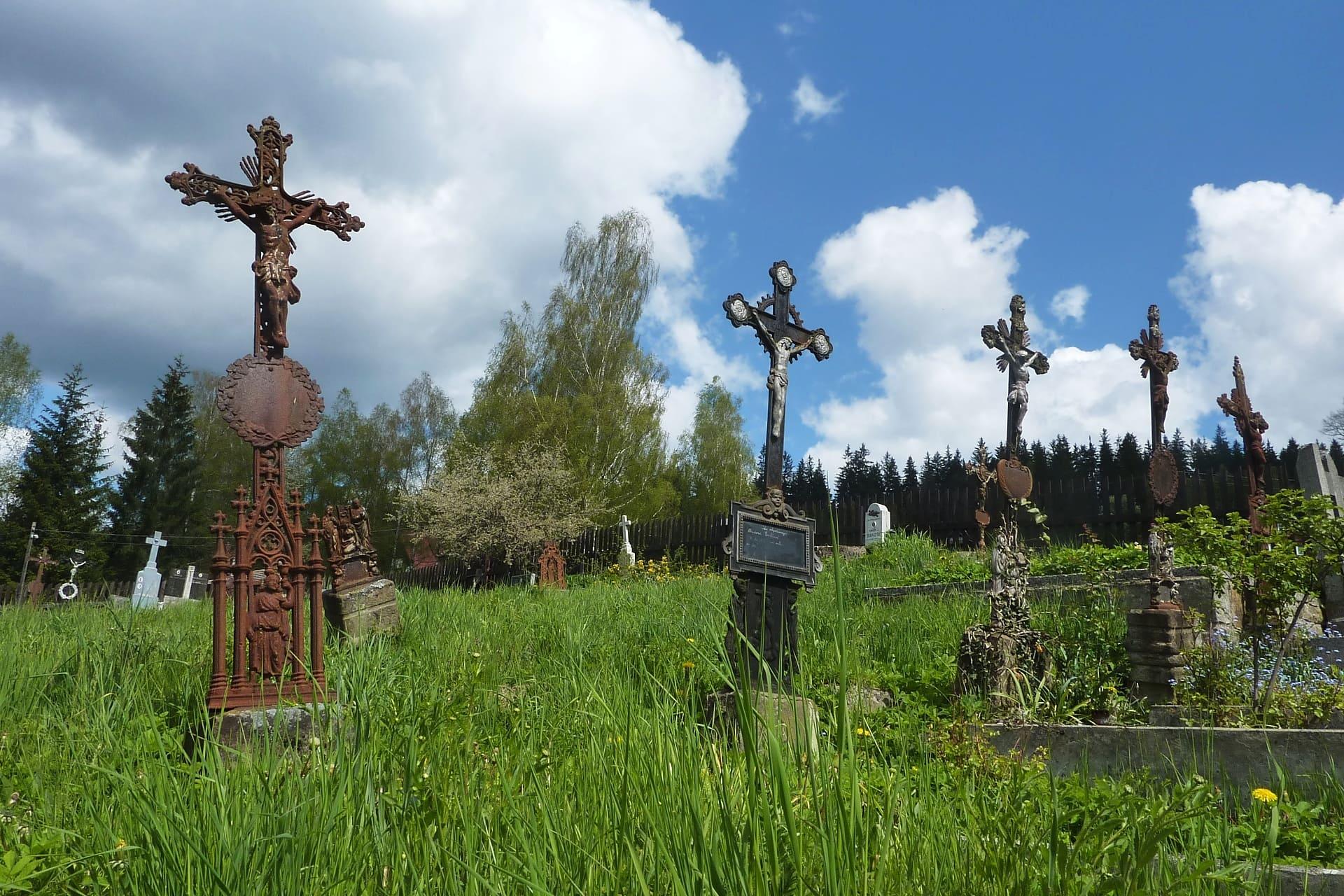 Hřbitov ve Starých Hamrech